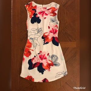 Gorgeous Sleeveless White Floral Dress